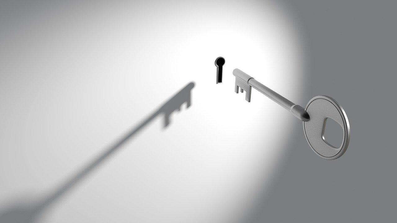 Key Keyhole Lock Security Unlock  - qimono / Pixabay